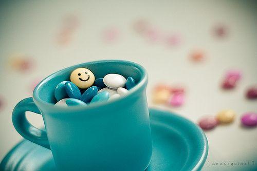 早安心语:有些苦,可以挂在脸上让人知晓;有些痛,只能埋在心底独自承受