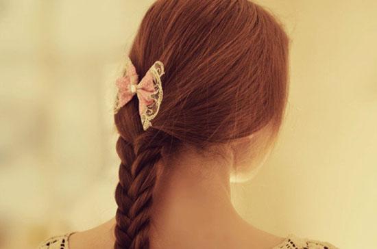 lomo摄影作品:每个女孩纸,都有一个深藏的蝴蝶结梦