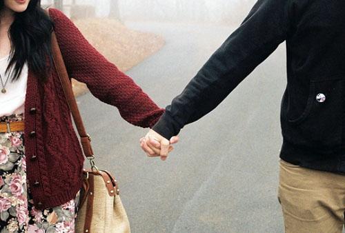 爱情文章:幸福,就是找一个温暖的人过一辈子