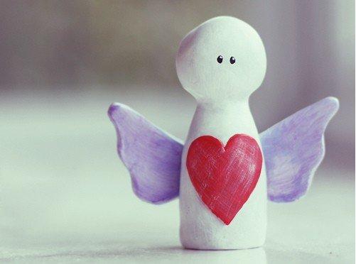 心形图片:爱是一种心境,它能给我们带来快乐和幸福