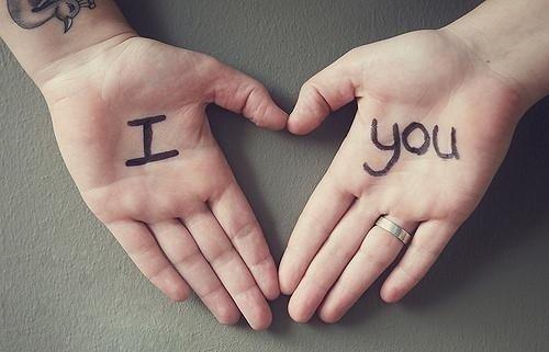 唯美图片:其实爱情是件很简单的事情