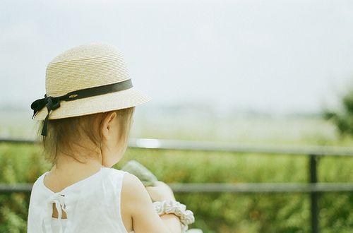晚安心语:一个人独自笑的时候,那就是真心的笑了