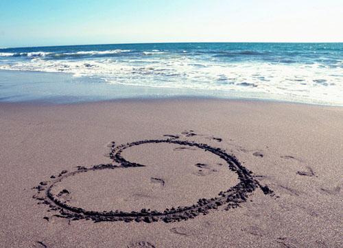 爱情语录:我们一直在寻觅,寻觅,那个我们都有的结局