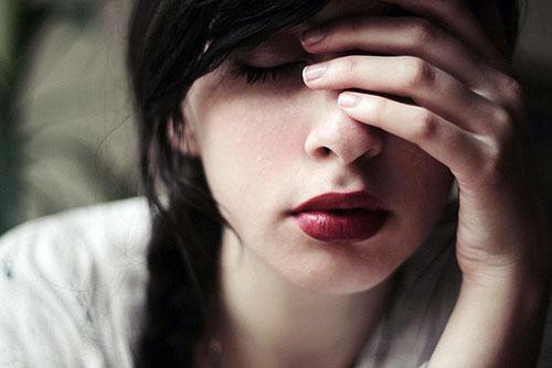 伤感语录:所谓最难忘的,就是从来不曾想起,却永远也不会忘记