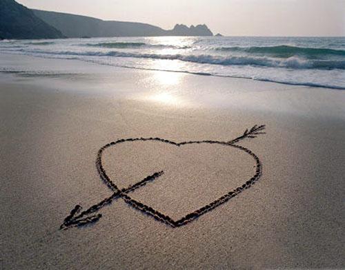 徐志摩经典语录:爱,得之,我幸。不得,我命,如此而已