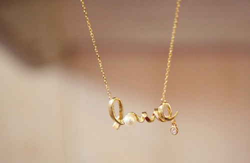 小清新图片:我的心情就像用雨珠串成的项链