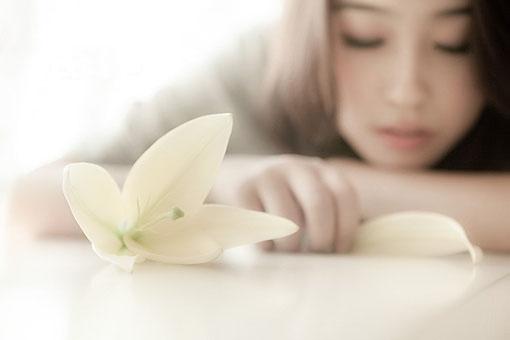 """优美句子:无论怎样,""""我等你""""这个承诺,远比""""我爱你""""更动听"""