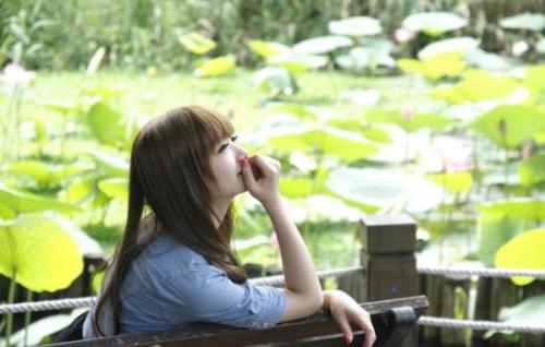 人生语录:一个无声的拥抱,对一颗不快乐的心来说,就是千言万语了