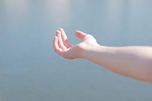 早安心语:一个人知道自己为什么而活,就能忍受任何生活
