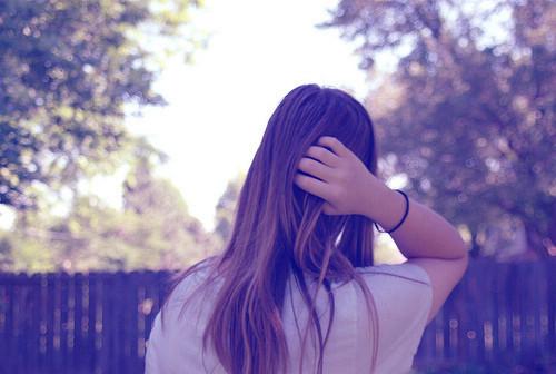 爱情语录:请别伤我的心,那里面住的是你