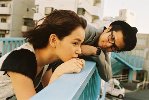 爱情语录:幸福原来很简单,左手牵你,右手写爱