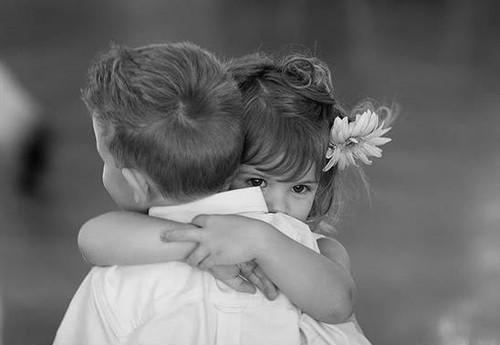 爱情语录:一生只谈三次恋爱最好,一次懵懂,一次刻骨,一次一生