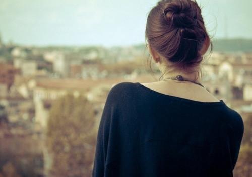 人生语录:生活不一定是一直美好的,但是那些挣扎可以让你变得更坚强