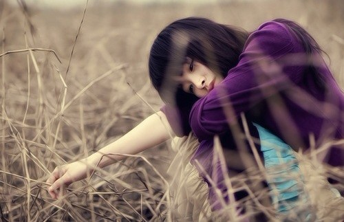 女生图片:不一样的爱情给人的体验也不一样