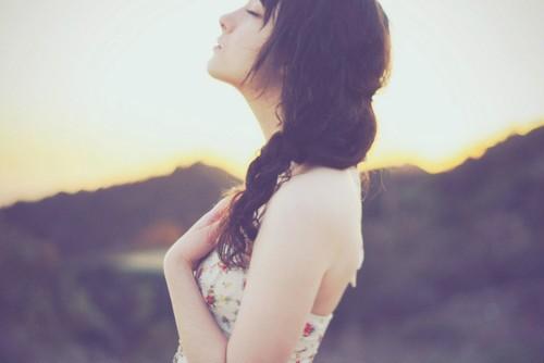女生美图:我若不坚强,没有人会懂我到底有多痛