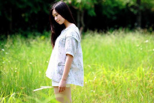 晚安心语:欲望就像野草,生生不息,永无止尽,令人疯狂