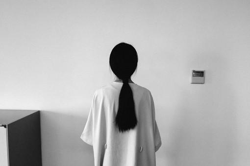 爱情语录:爱很奇怪,什么都介意,最后又什么都能原谅