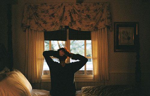 晚安心语:有时候,对于那些对你有意义的人,值得你放下身段去挽回