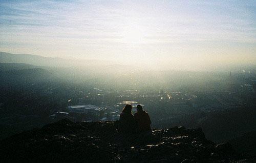 情感语录:最爱你的人,往往离开的时候最决绝