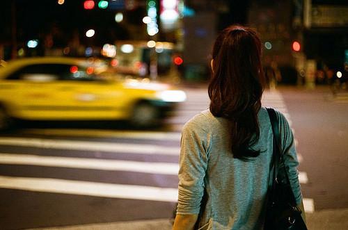 晚安心语:日久不一定生情,但一定可以见人心