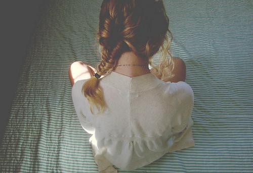 晚安心语:年龄从来不是界限,除非你自己拿来为难自己