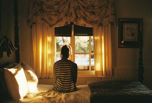 晚安心语:愿你努力工作,也愿你享受生活;愿你脚踏实地,也愿你仰望星空