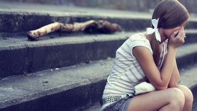 12条感悟人生的句子:永远不要去羡慕别人的生活,即使那个人看起来快乐富足