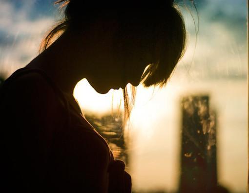 感悟人生的句子:活得累,是心里装了不该装的东西