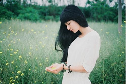 生活中,长说不如短说,多说不如少说,说了不如不说
