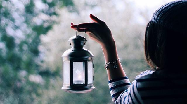 感悟人生的句子:执着是一种负担,放弃是一种解脱