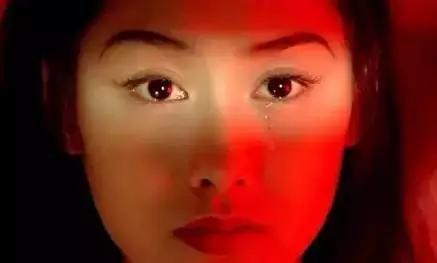 流过泪的眼睛更明亮,滴过血的心灵更坚强!