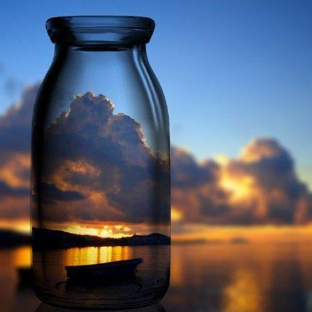 往外张望的人在做梦,向内审视的人才是清醒的(人生经典优美的语录句子)