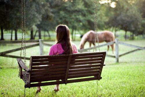 有本书上说,一个女人,可以没有爱情,但是绝不能没有工作(励志语录句子)