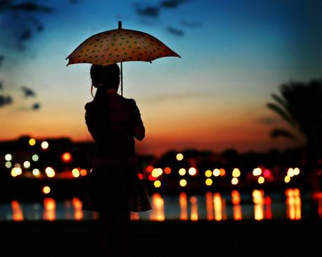 心里放不下别人,是没有慈悲;心里放不下自己,是没有智慧(人生感悟语录句子)