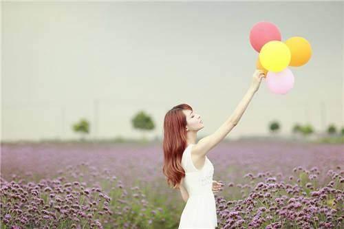 自己喜欢的日子,就是最美的日子;适合自己的生活,是最好的活法
