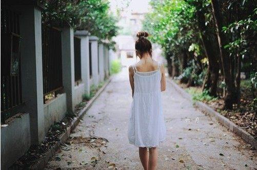 如果你开始想念我,记住了,不是我自己要走的,是你自己松手的