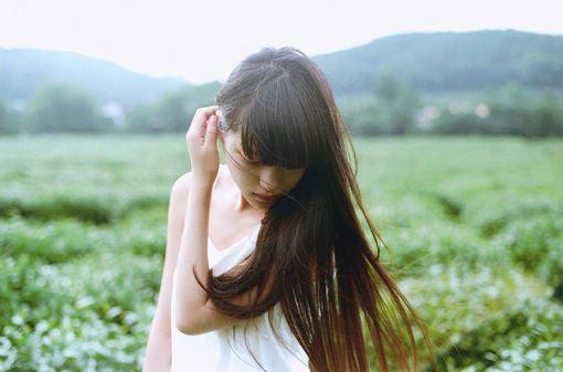 每天都要开开心心,踏踏实实过好每一天,每天像向日葵一样,追逐阳光(经典励志语录句子)