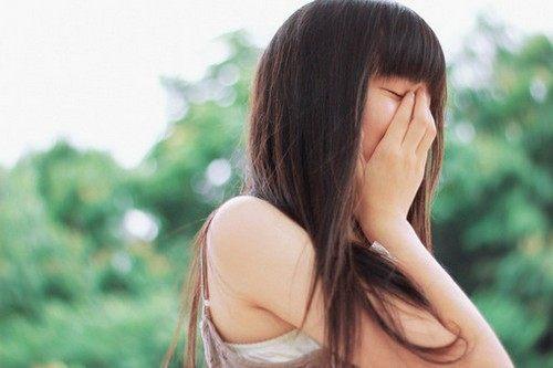 不是所有的伤痛都需要呐喊,不是所有的遗憾都非要填满,最痛的,不是离别,而是离别后的回忆