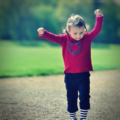 高潮时享受成就,低潮时享受人生,有心思时干有意义的活,没心情时做有意思的事(励志生活语录句子)