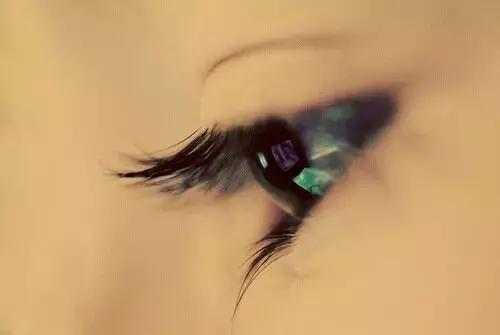 你是我眼里的一粒沙 - 伤感美文欣赏